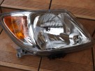 Toyota Hilux Lampa prawa 2005 - 2012r europa