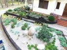Ogród tradycyjny,oczka wodne, skalniaki, mur oporowy, skarpy