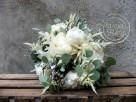 Bukiety ślubne z białych kwiatoów - 3